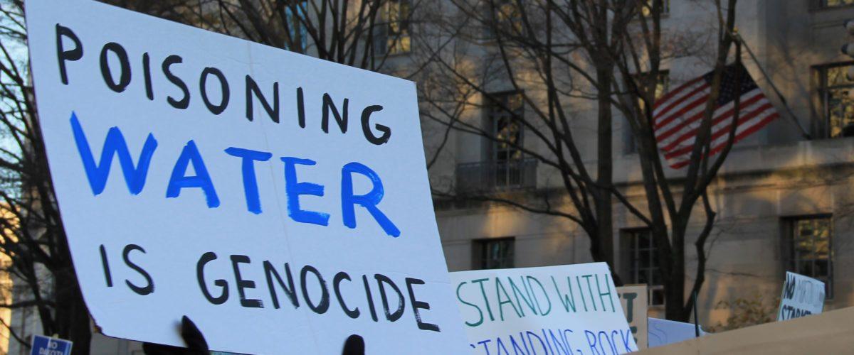 STANTON: Nie zapominajmy o ludobójstwach